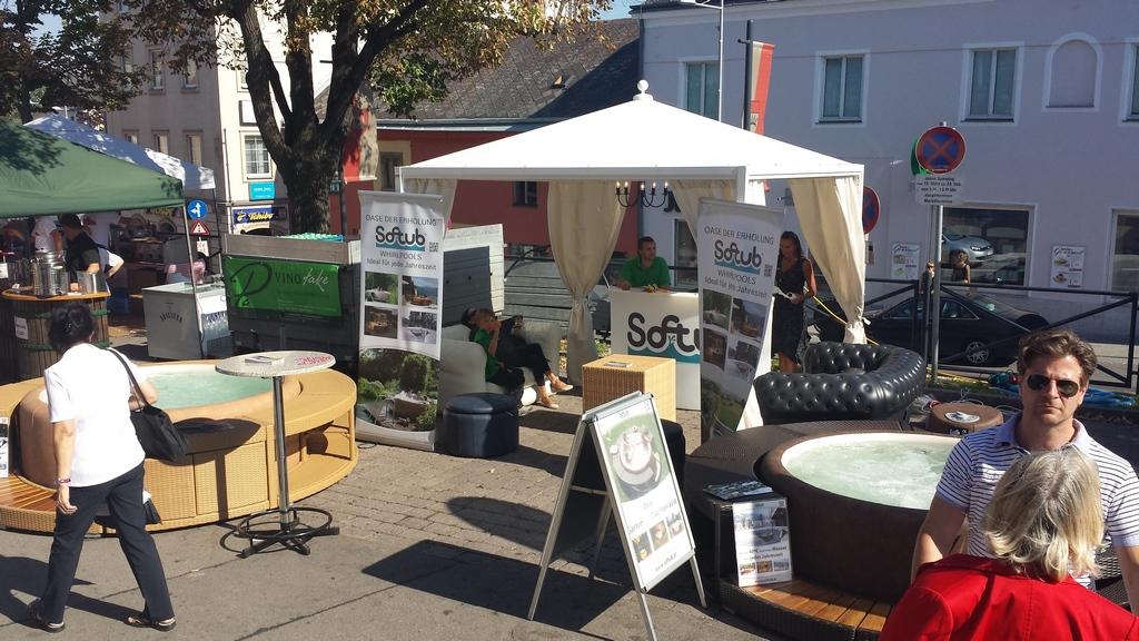 Softub Street promóció